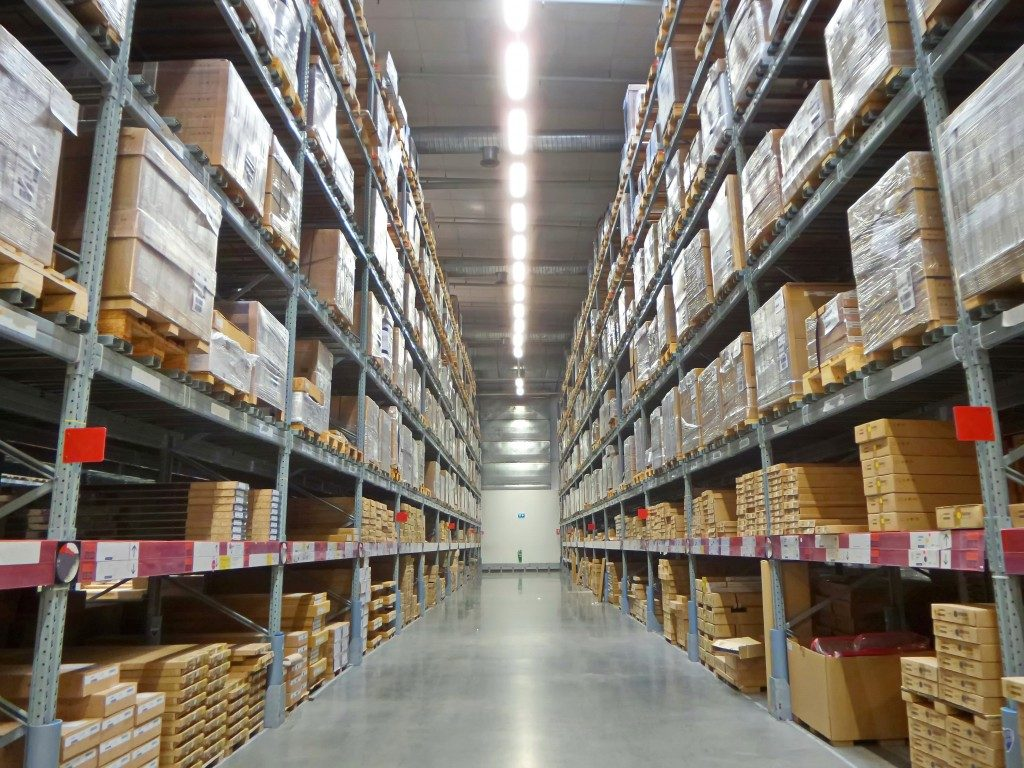 Inventory with a wide aisle