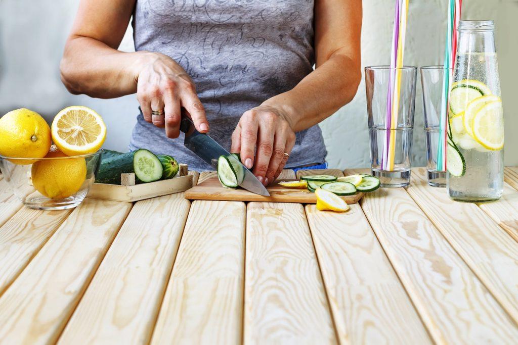 girl slicing fruits