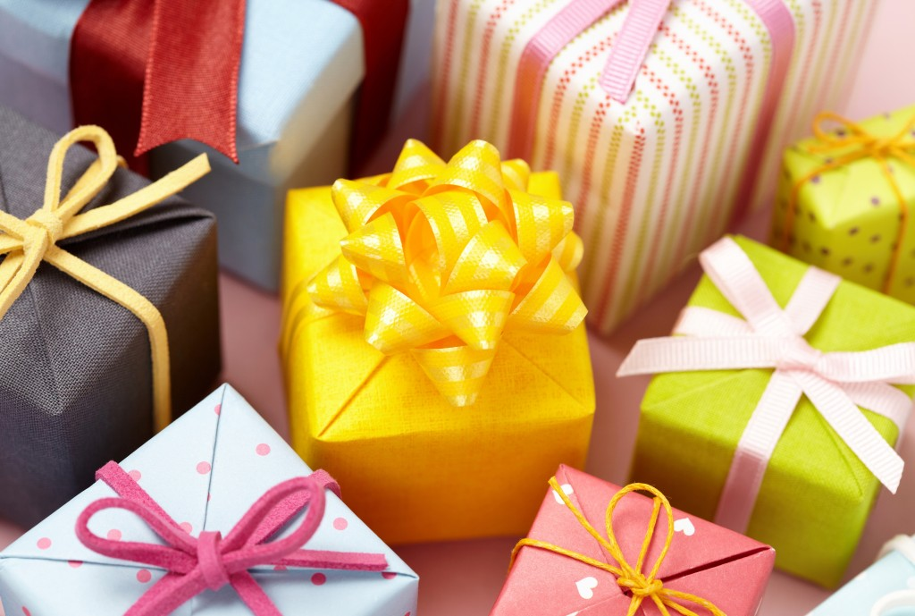 5 Bulk Gift Ideas Your Friends Will Absolutely Love